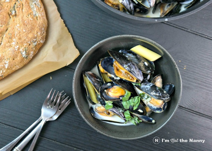 Coconut Lemongrass Mussels with Basil Bread