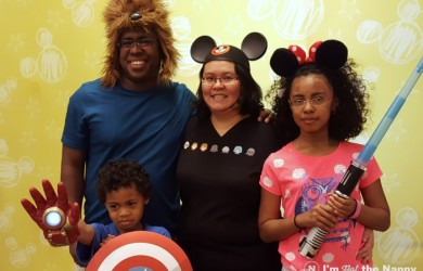 Family in DisneySMMC Photobooth
