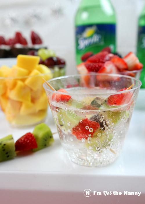 sprite-with-fruit-kabob-garnish