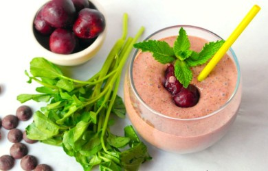 Dark Chocolate & Cherry Green Smoothie Recipe via I'm Not the Nanny