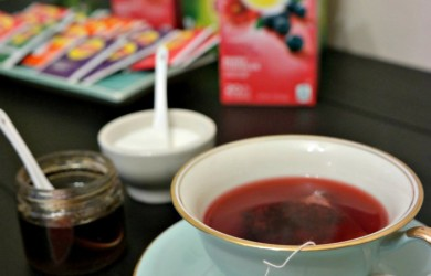 Lipton Berry Hibiscus in Fancy Tea Cups