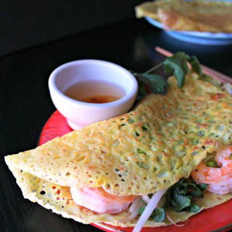 Bánh Xèo: Vietnamese Sizzling Crepes