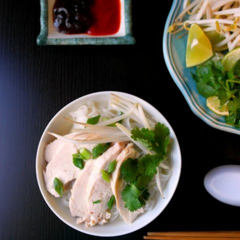 Easy Chicken Phở Ga Recipe